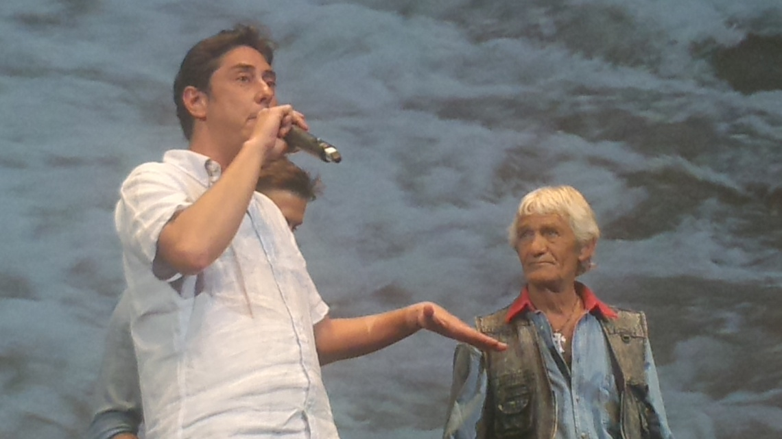"""Miguel Gomes présente le troisième volume de ses """"Mille et une nuits"""", Cannes, 20 mai 2015."""