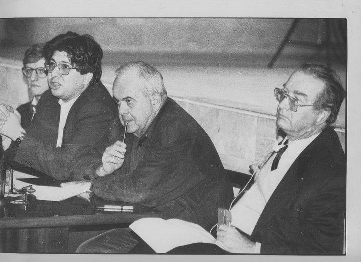 De droite à gauche : Michel Ciment, Antonin Liehm, Kiril Razlogov, André Lange (Moscou, janvier 1991).