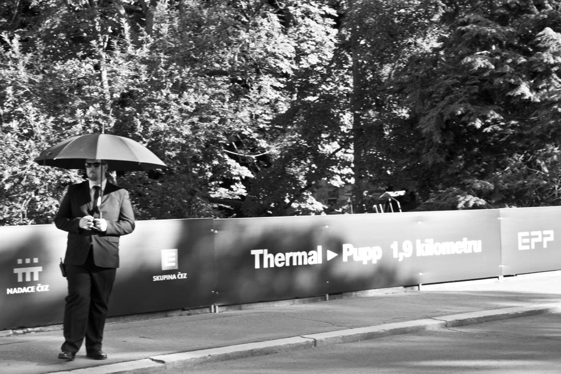 Gardien protecteur de sponsors.  Photo André Lange-Médart.