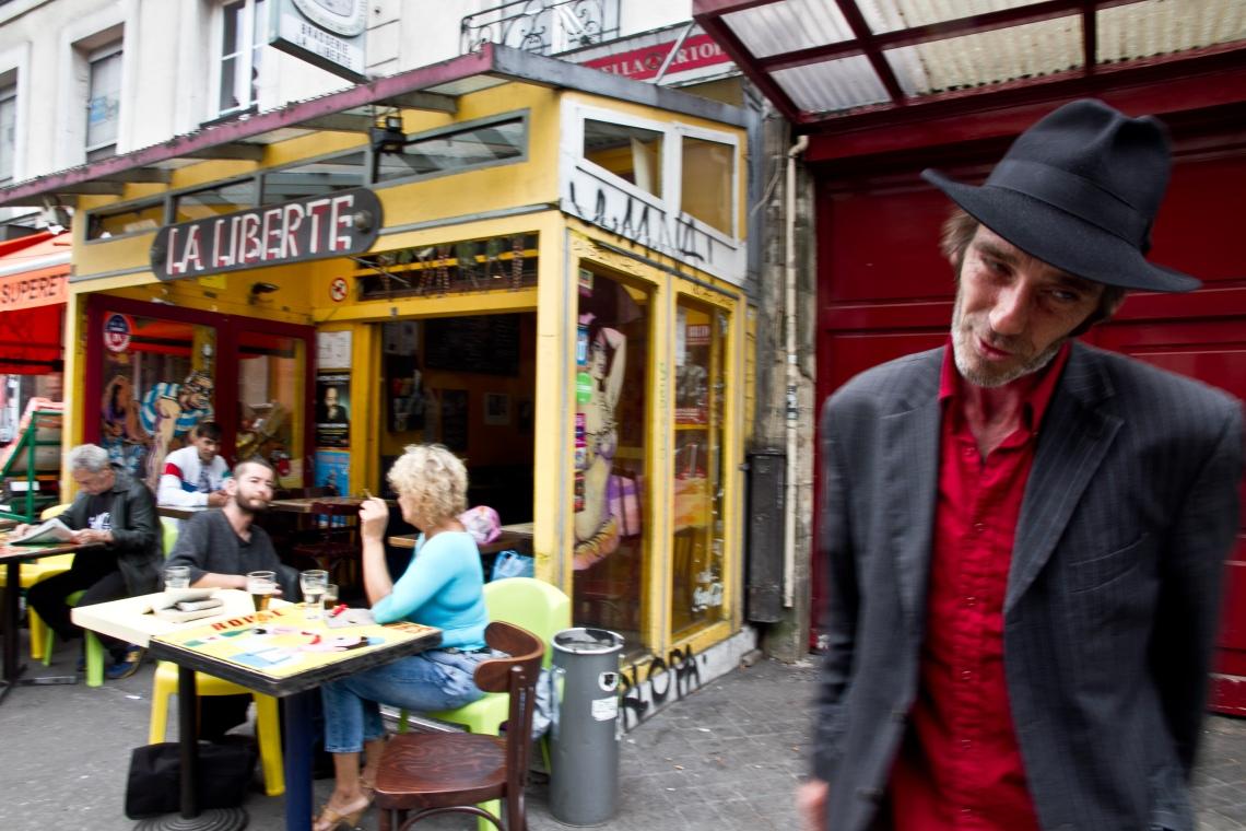 Le jardinier irlandais du Cimetière Montparnasse. Photo André Lange-Médart