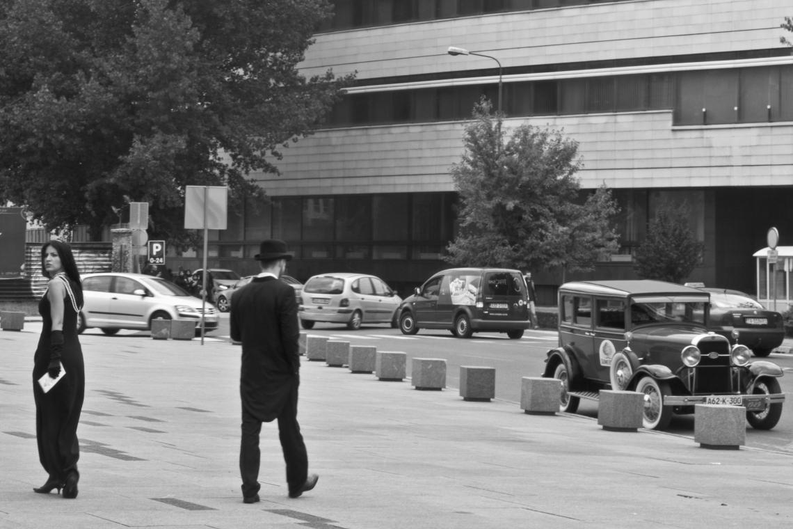 Devant le Sarajevo City Center (Sarajevo, août 2015). Photo André Lange-Médart