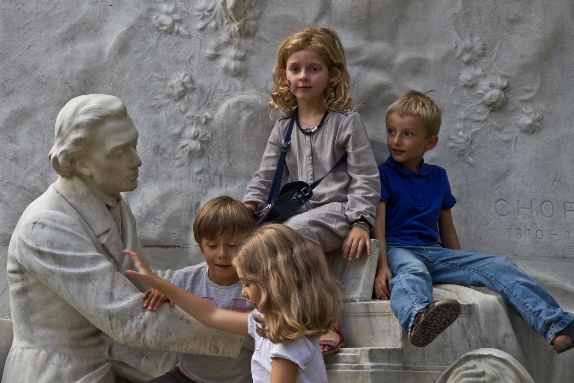 Statue de Chopin (Parc Monceau, août 2015) Photo André Lange-Médart