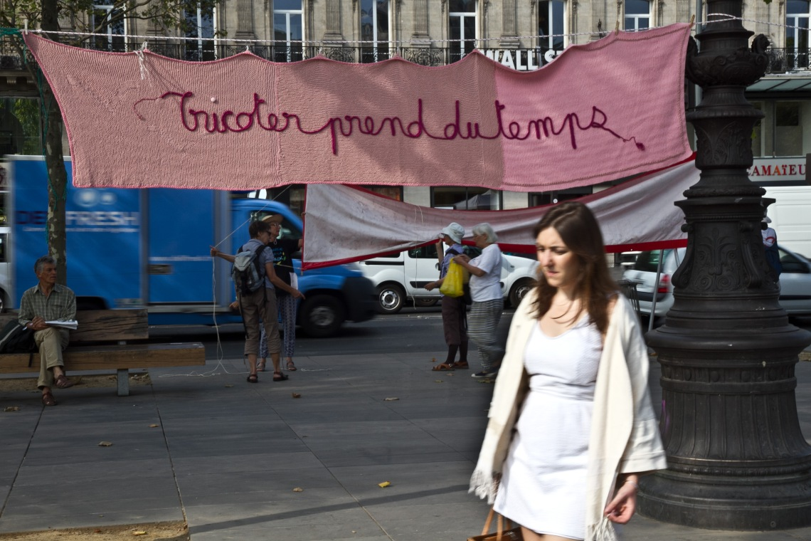 """""""Tricoter prend du temps"""" Photo André Lange-Médart"""